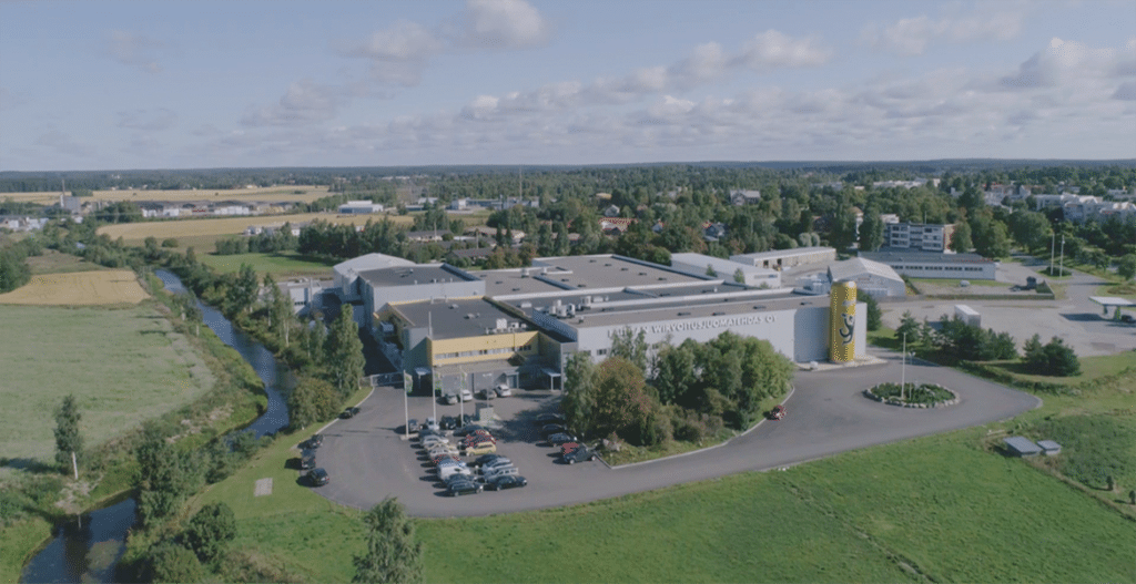 Tehtaanmyymälä – Laitilan Wirvoitusjuomatehdas